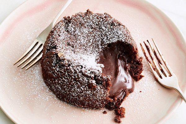¡Volcán de chocolate casero!